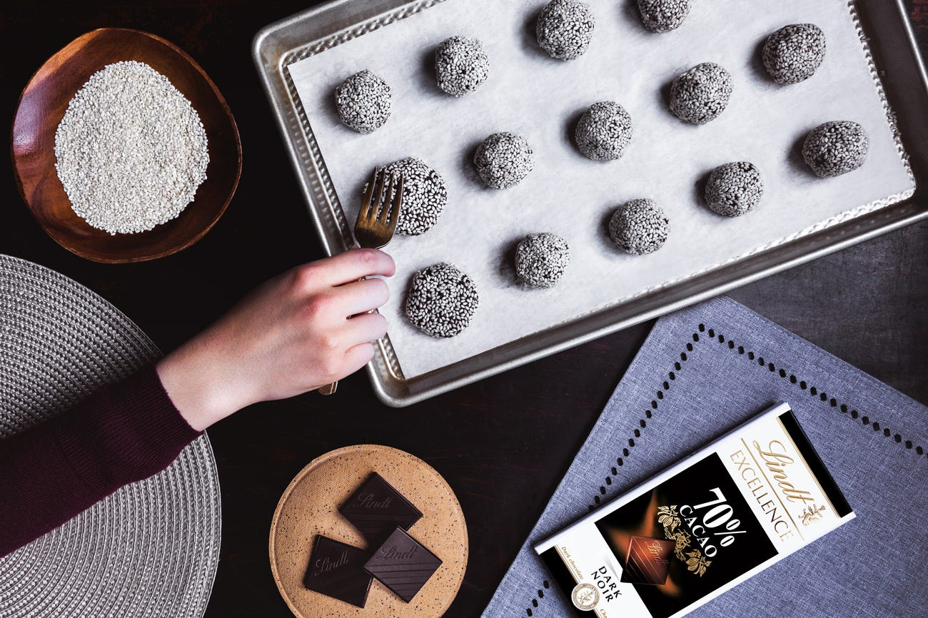 Biscuits végétaliens au chocolat et au tahini Step 7.